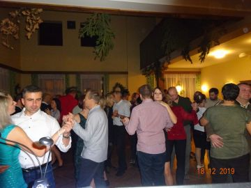 Hudba na svatbu, zábavu, oslavu, ples, firemní večírek,…